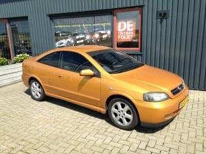 Opel Astra coupe blindering ramen 02