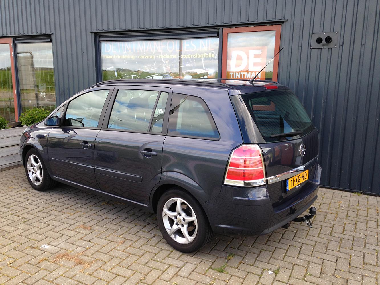 Opel Zafira voor blindering ramen 01