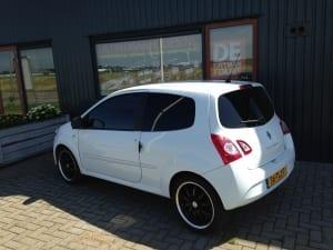 Renault Twingo wit blindering ramen