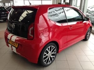 Volkswagen Up rood blindering ramen