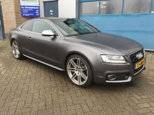 Audi A5 Coupe Mat Grijs 1080-S261 Satin Dark Grey-1