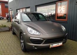 Porsche Cayenne mat grijs 1080-m211 Matte Charcoal Metallic-4