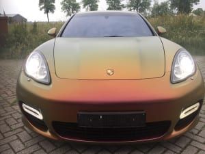 Porsche Pannamera Avery Colorflow Rising Sun Red gold-18
