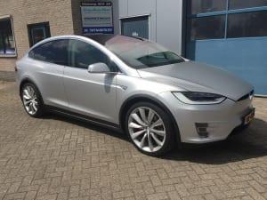 Tesla Model X Wrap Satijn Grijs 1080-S120 Satin White Aluminium-1