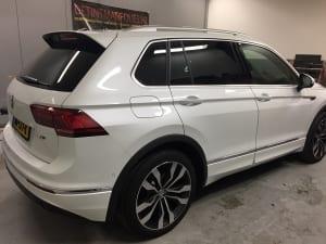 VW Tiguan blinderen ramen-1